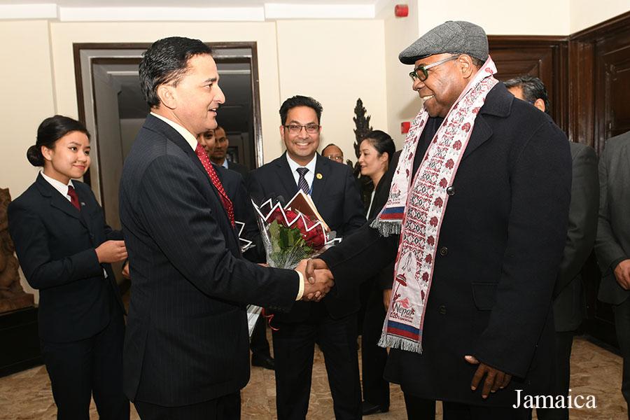 नेपाल भ्रमण बर्ष २०२० को उद्घाटन समारोहमा भाग लिन  काठमाडौं आइपुग्नु भएका क्रमशः जमैका, म्यानमार, चीन र भारतका माननीय मन्त्रीज्यूहरुलार्इ माननीय मन्त्री योगेश भट्टरार्इज्यूबाट सोल्टी होटलमा स्वागत गर्नु भयो- तस्वीर (२०७६-०९-१५)