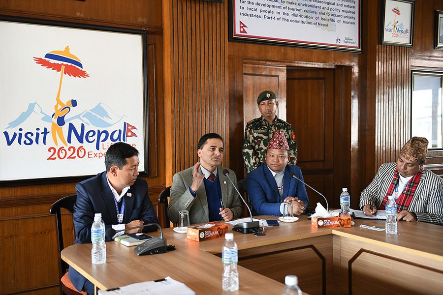 नेपाल भ्रमण बर्ष २०२० का सन्दर्भमा  नेपाल भ्रमण बर्ष २०२० को सन्दर्भमा नेपाल जनजाति महासंघ आवद्ध संघ संस्थाहरुसँग अन्तरक्रिया कार्यक्रमका- तस्वीर (२०७६-०९-१३)